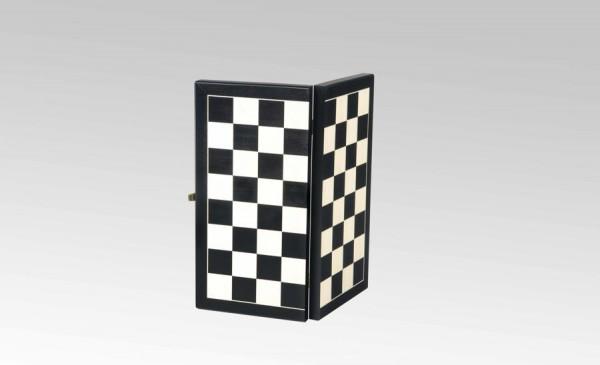 Schachkassette in Schwarz/Ahorn, Feldgröße 35mm