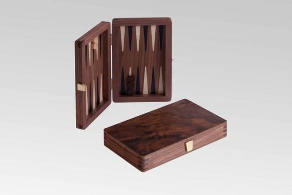 Reisebackgammon in Nusswurzel, magnetisch