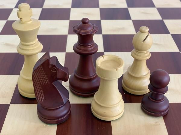 Schachfiguren in Antic Color/Buchsbaum, KH 95mm, gebleit