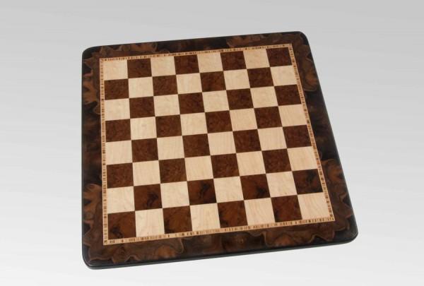 Schachbrett in Nusswurzel/Vogelaugenahorn, 3 Zieradern und Rahmen, Feldgröße 55mm