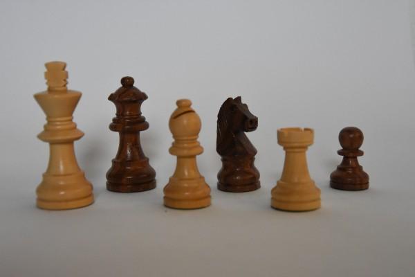 Schachfiguren Staunton, ungebleit, KH: 65mm, braun/weiß